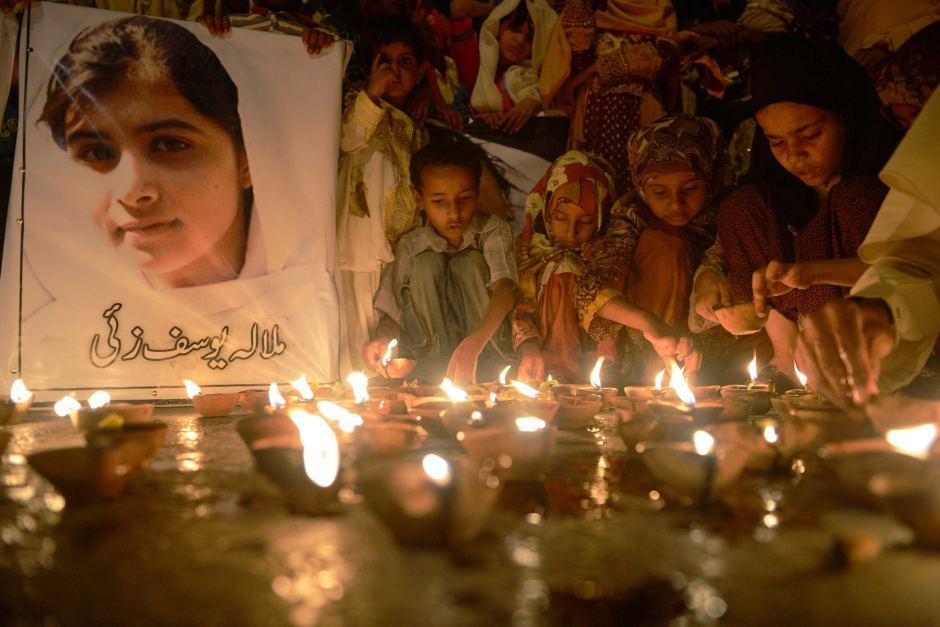 20141211_oracion-por-Malala_Pakistan-2012
