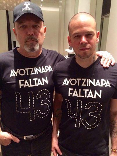 Ayotzinapa_Blades-Calle13_GrammyLatino2014