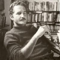 Carlos Fuentes, foto de Lola Álvarez Bravo