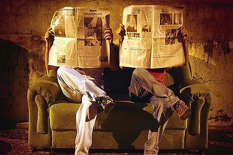 lector-periodico-prensa