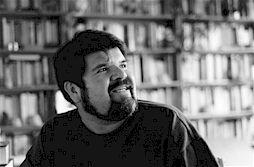 Leo Eduardo Mendoza, escritor