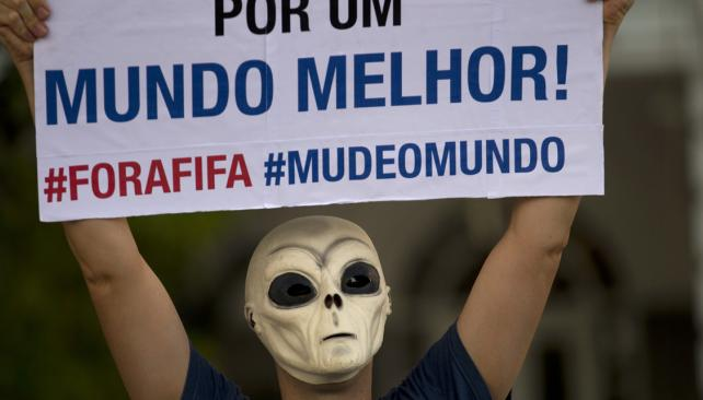 protestas-calle-web_brasil_mundial_#ForaFIFA